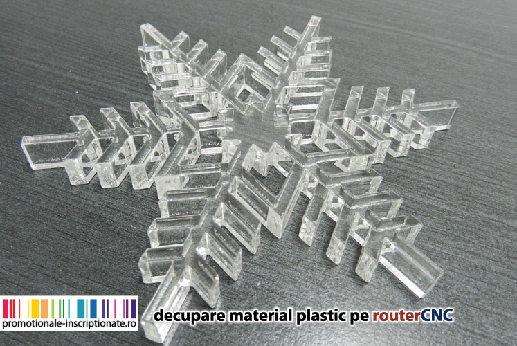 Stelute decorative decupate pe router CNC